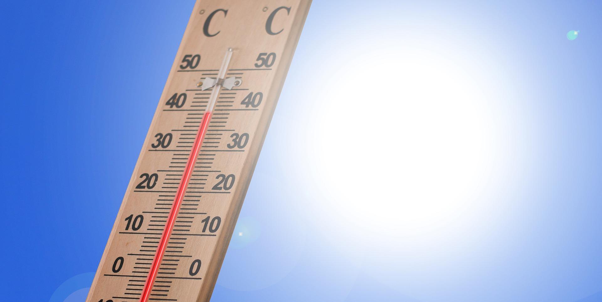 Un soleil brillant et des températures élevées, il faut se protéger de la chaleur pendant le Ramadan