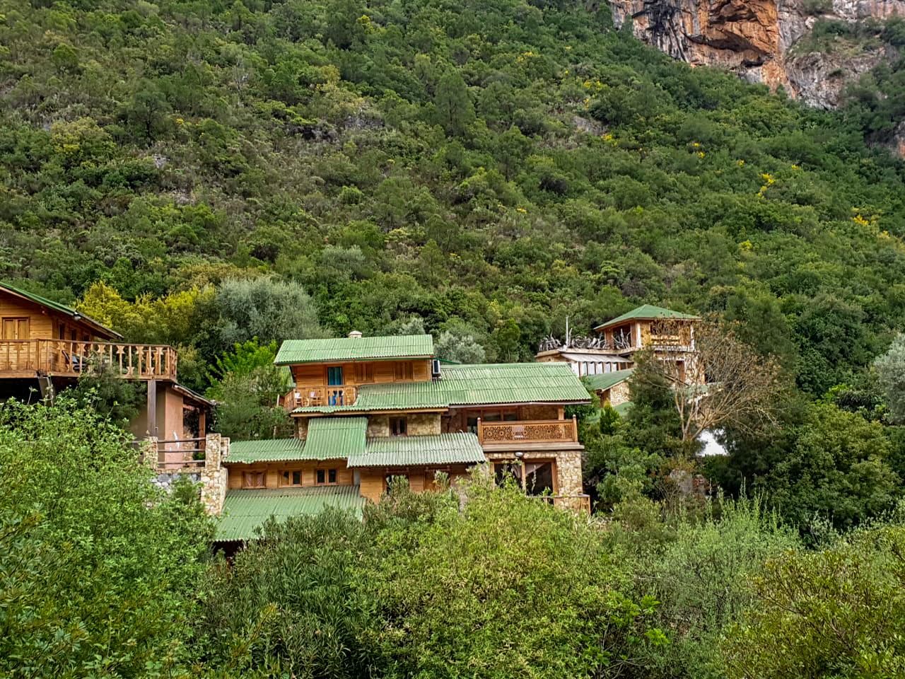 L'Ermitage d'Akchour, un ensemble d'ecolodge niché au milieu de la forêt